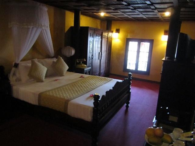 Upstairs room, Vinh Hung Merchant House
