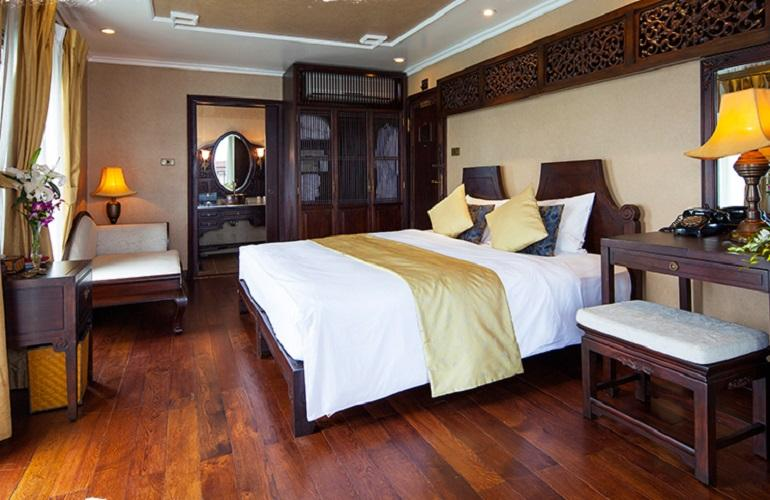 Imperial Suite, Halong Violet