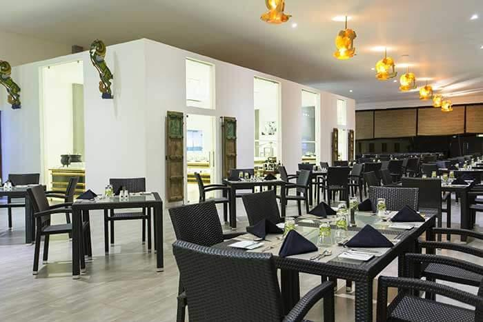 Restaurant, Aliya Resort & Spa