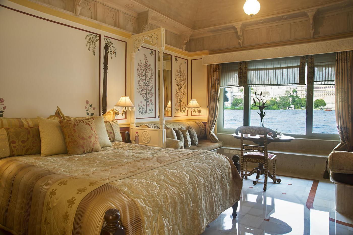 Luxury Room, Taj Lake Palace