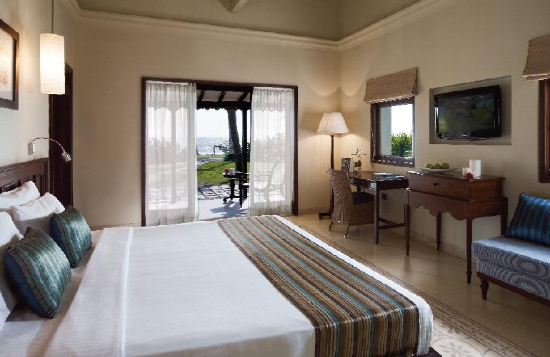 Superior Room, Taj Holiday Village
