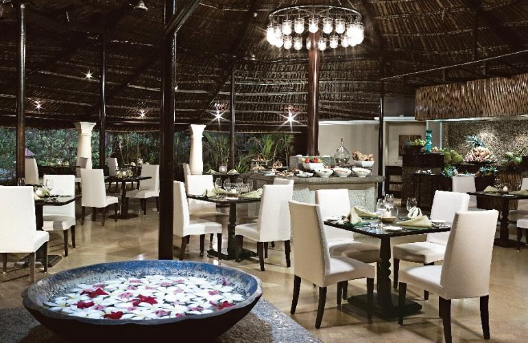 Beach House Restaurant, Taj Holiday Village