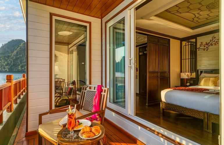 Signature Suite Balcony, Ylang