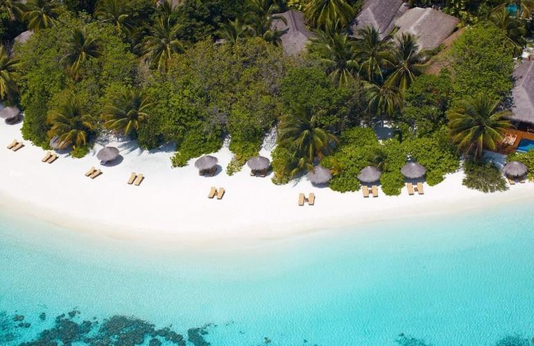 Beach, Baros Maldives