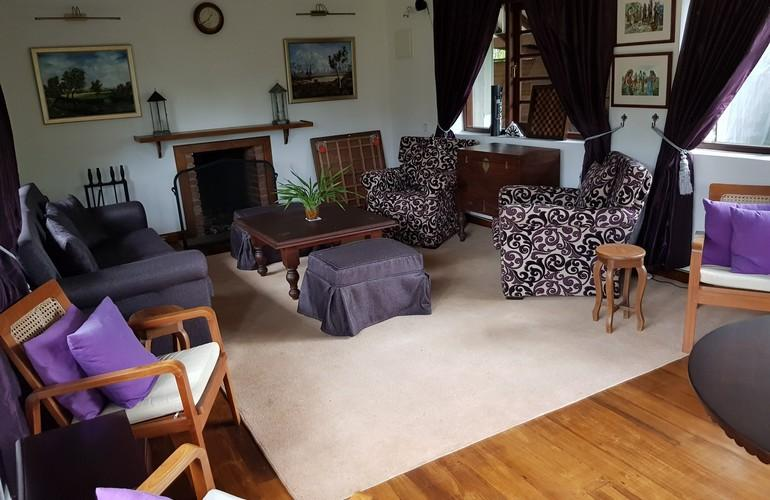 Lounge, Stafford Bungalow