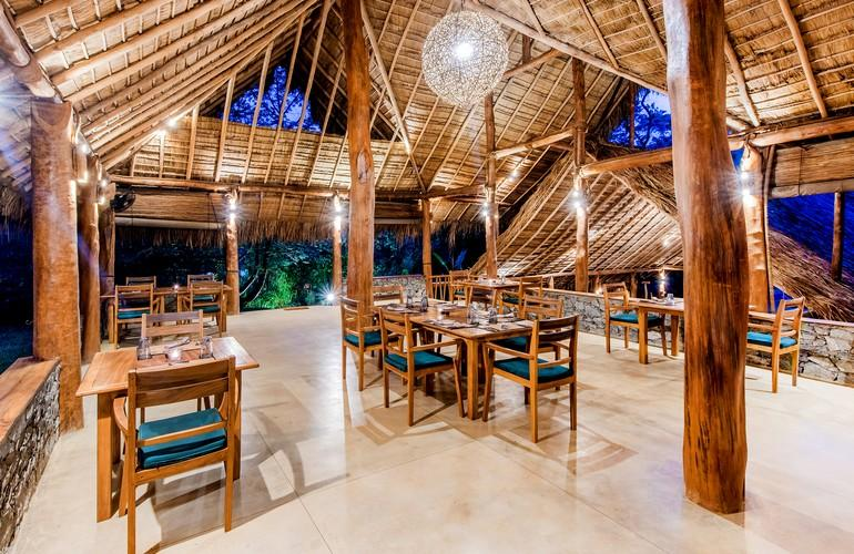 Restaurant, Gal Oya Lodge