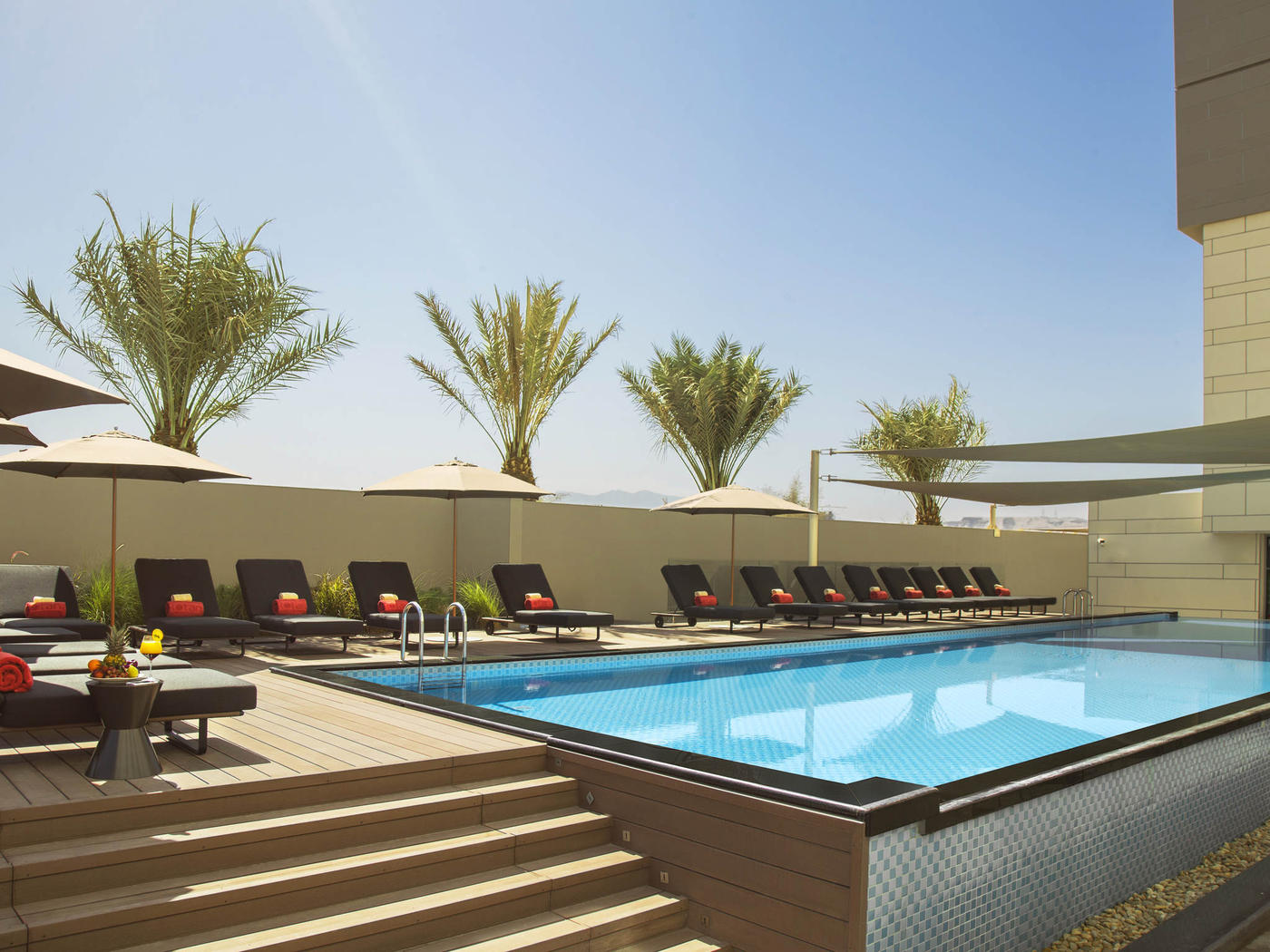 Swimming Pool, Novotel Muscat Airport