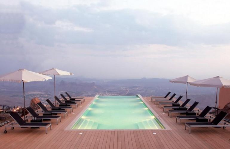 Swimming Pool, The View