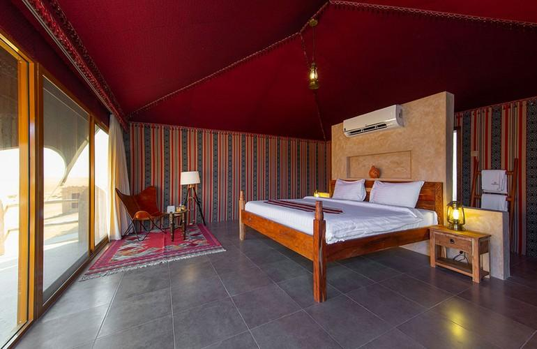 Sheikh Tent Deluxe, 1000 Nights Camp